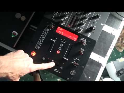 RELOOP IQ.2 USB MIXER, Demo with the X Fade and FX.