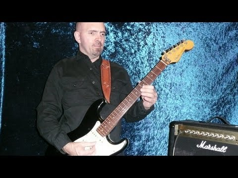 STAR TREK: THE NEXT GENERATION ( Guitar Lesson ) Theme On Guitar