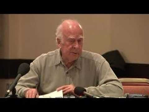 Press conference with Peter Higgs 1/2