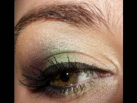 Twitter request Green & purple makeup tutorial