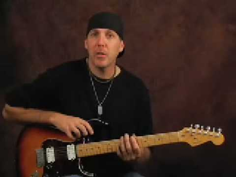 Solo electric guitar lesson arpeggio blues rock over chords