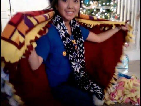 DIY Gift Idea: Simple Fringe Blanket (No Sew)