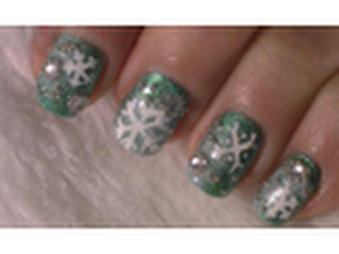 Green Snowflake Christmas Nail Art Tutorial / Arte para las uñas con diseño de nieve