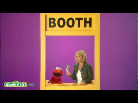 Sesame Street: Christina Applegate: Booth