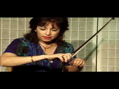 Violin Lesson - Spider Crawl Exercise