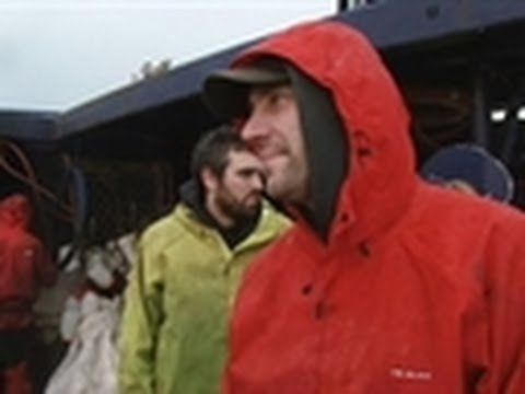 Not Quite Father of the Year | Deadliest Catch