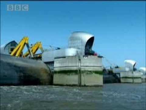 Disasters - Thames flood risk to London - part 2  - BBC