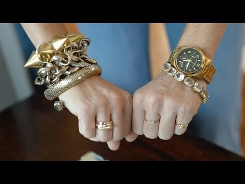 Layer Your Jewelry: How To || Kin Style