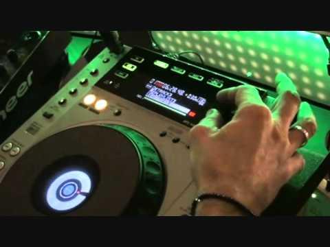 Pioneer CDJ-850  & Rekordbox 1.4.1 Video 2