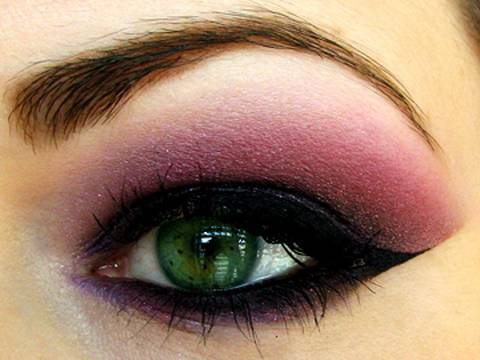 Vampy Blackberry: MAC Style Black makeup (by MissChievous)