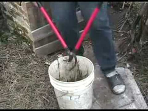 Vertical 2 stage composter, neat trick for thorny material, etc.