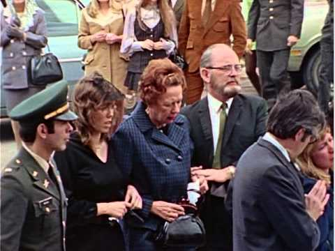 The Chaplain And The Military Funeral - Sergeant Foley Comes Home (1972)