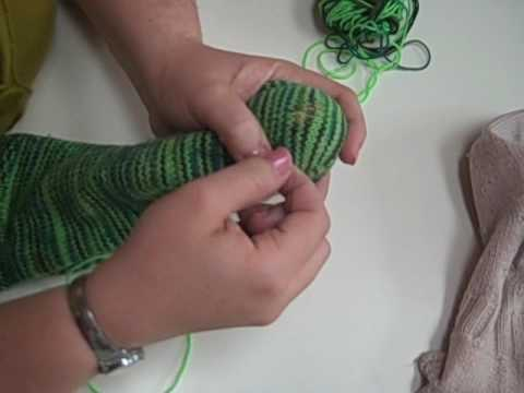 Sock Darning - Swiss Darning, part 1
