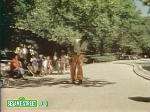 Sesame Street: David Disco Skates