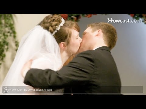 Wedding Ceremony: How to Kiss after You Are Pronounced Married