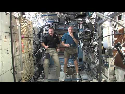 Station Crew Discusses Life in Space for California Station Exhibition