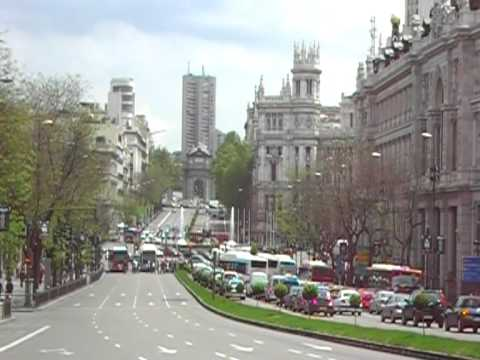 Puerta de Alcalá in Madrid from a distance