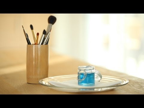 Clean Your Makeup Brushes: How To || Kin Beauty