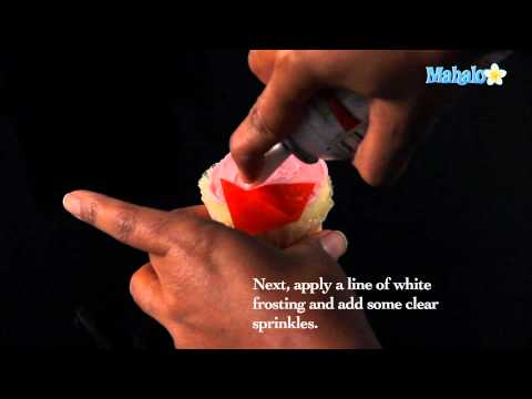 How to Decorate Elf Cupcakes