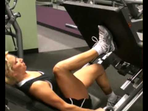 Leg Press, Single Leg, 40 Degree Sled : www.BeYourTrainer.com