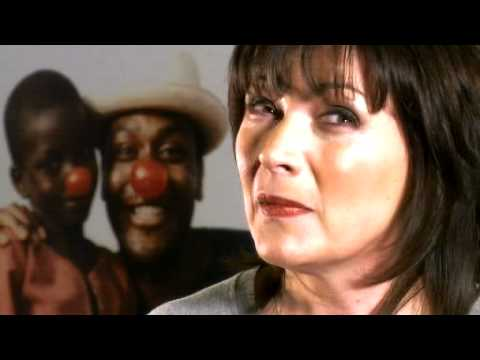 Lorraine Kelly's trekker profile - The BT Red Nose Desert Trek