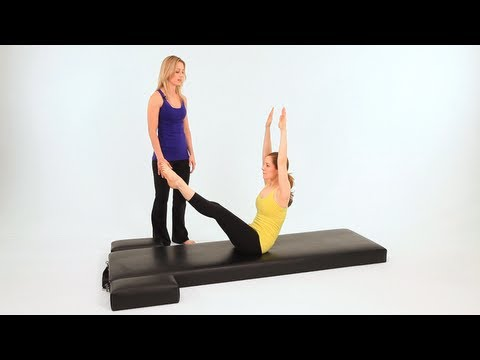 Intermediate Pilates Mat Exercises: Teaser 3