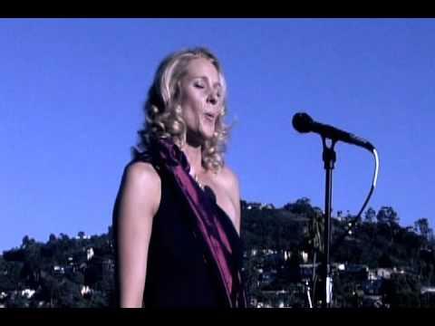 TEDxLaJolla - Victoria Robertson - Summertime