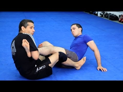 Straight Ankle Lock | MMA Fighting Techniques