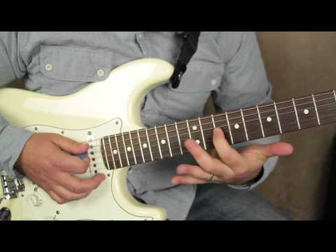 Texas blues style lick - blues guitar lessons - lead guitar - how to solo on guitar fender