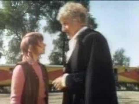 Rowdy crowds - Dr Who - BBC sci-fi