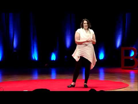 TEDxBrussels - Kaliyah Hamlin - Identity, the Contexts of the Future