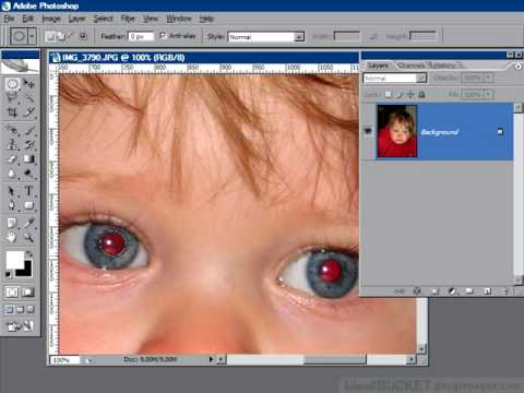 Red eye removal with Channel mixer: Photoshop retouching