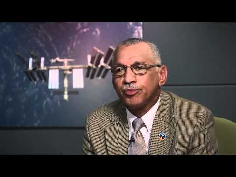 NASA Administrator Commemorates 10th Anniversary of Space Station with Call to Expedition 25 Crew