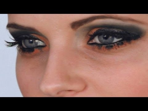 Scene Makeup Tutorial: Eyes