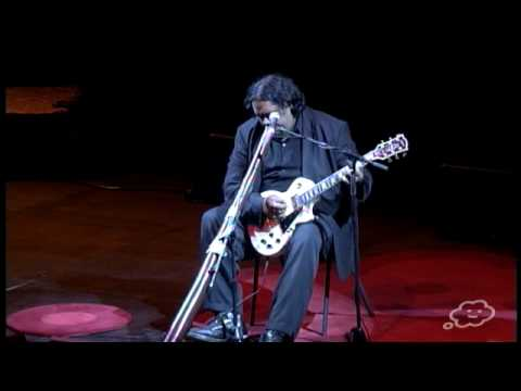 TEDxSydney - William Barton - Virtuoso Didjeridu with Electric Guitar