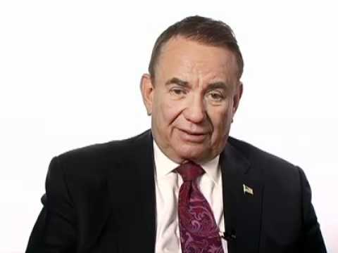 Tommy Thompson's Plan For Medical Diplomacy