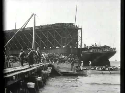U.S. troops landing at Daiquirí, Cuba