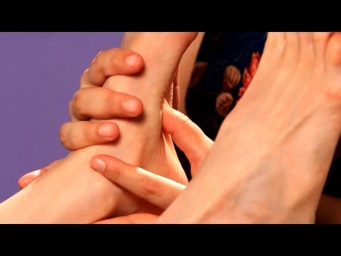 Working the Sole of the Foot, Part 1 | Foot Reflexology Techniques