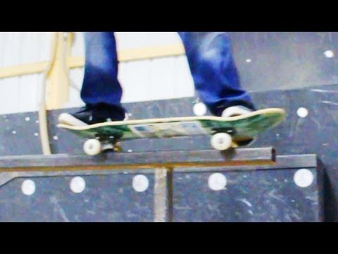 How to Skateboard with Bam Margera: Easy Tricks / 50 50 Grind