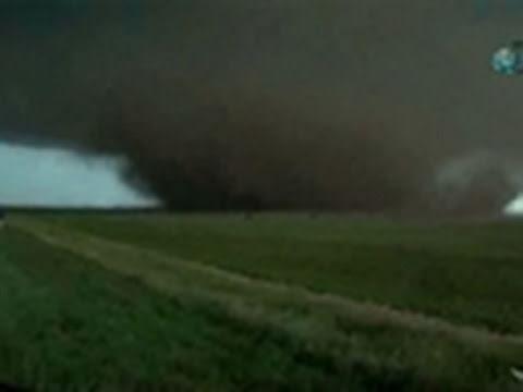 Storm Chasers- Aurora, Nebraska Tornado 6/17/09