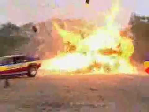 Top Gear - Richard Hammond burns caravan with a jet car - BBC