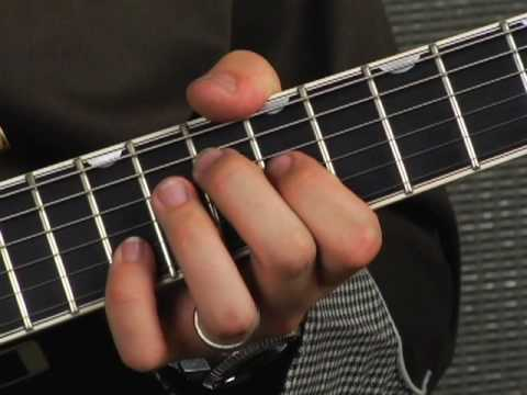 Rhythm guitar rockabilly lesson on jazz box hollowbody