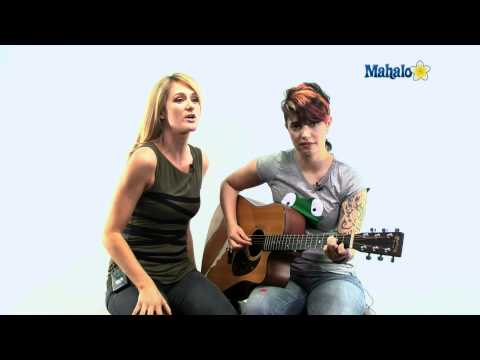 Mahalo Guitar Ustream 9/22/11: Jen and Kelly talk about how Kelly got started in music