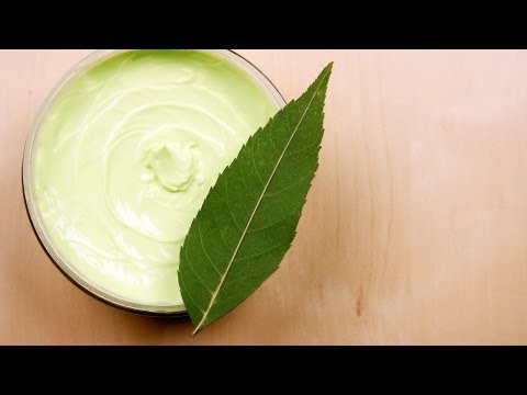 What Ingredients Make the Best Moisturizer? | Natural Skin Care