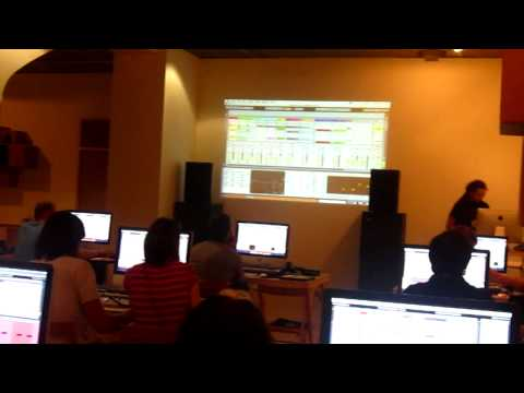 Tom Cosm Ableton Workshop - Sonar Festival (Barcelona 2010) part 2