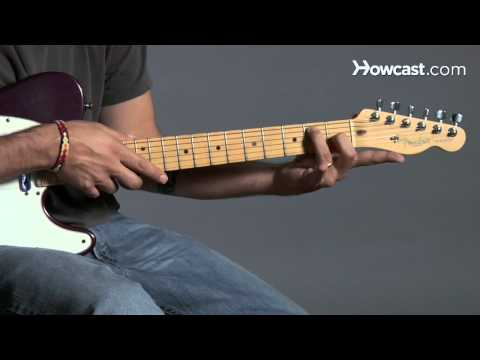 How to Play Guitar: Beginners / Barre Chords: G7