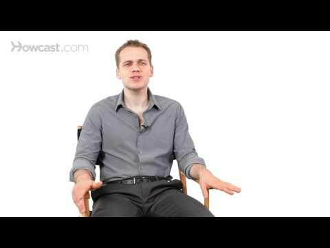 How to Flirt using Body Language