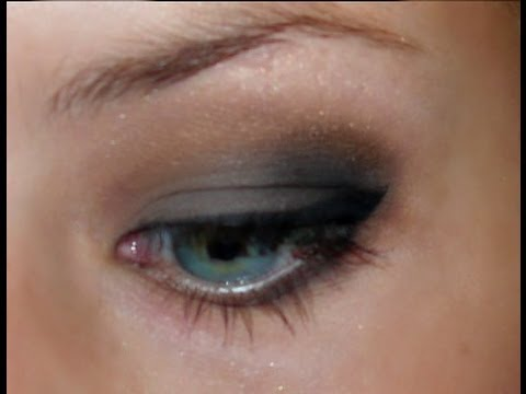 grey and brown smokey eyeshadow tutorial