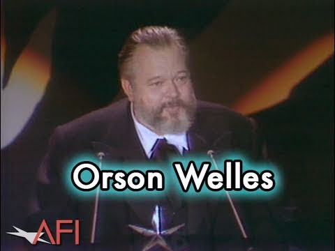 Orson Welles Accepts the AFI Life Achievement Award in 1975