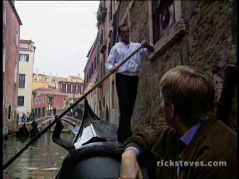 Venice, Italy: Gondola Gliding